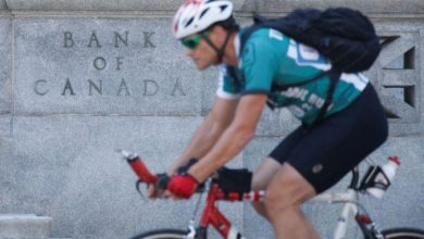 Photo of Bank of Canada cuts key rate to 0.25% from 0.75%