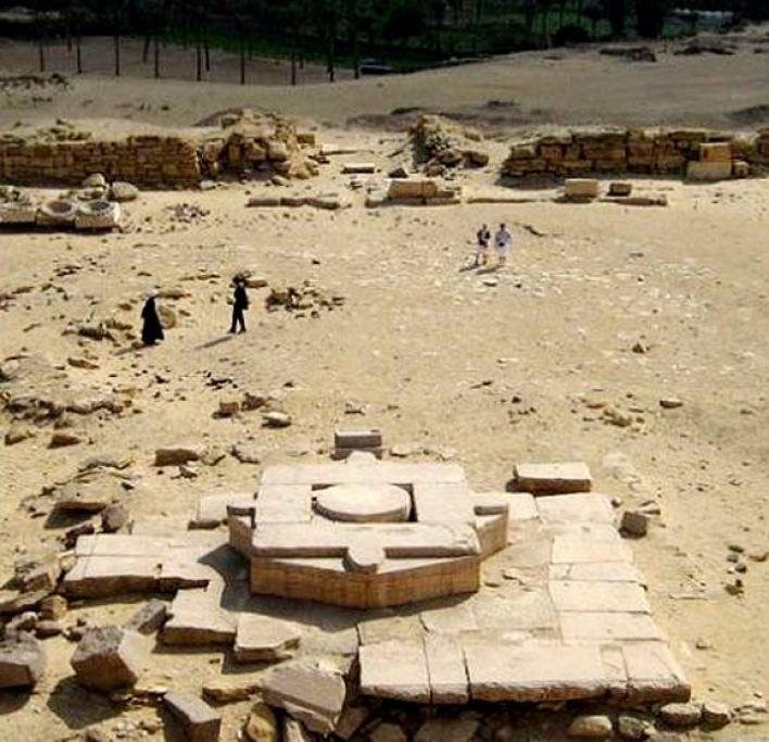 Temple of Abu Gorab 6