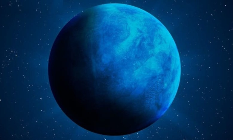 Distant exoplanets with oceans of water may have life