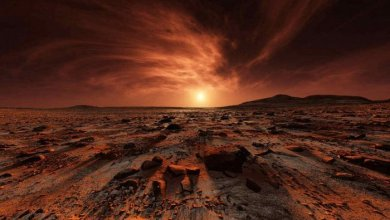 "Photo of Egyptian ""hieroglyphs"" on the surface of Mars"