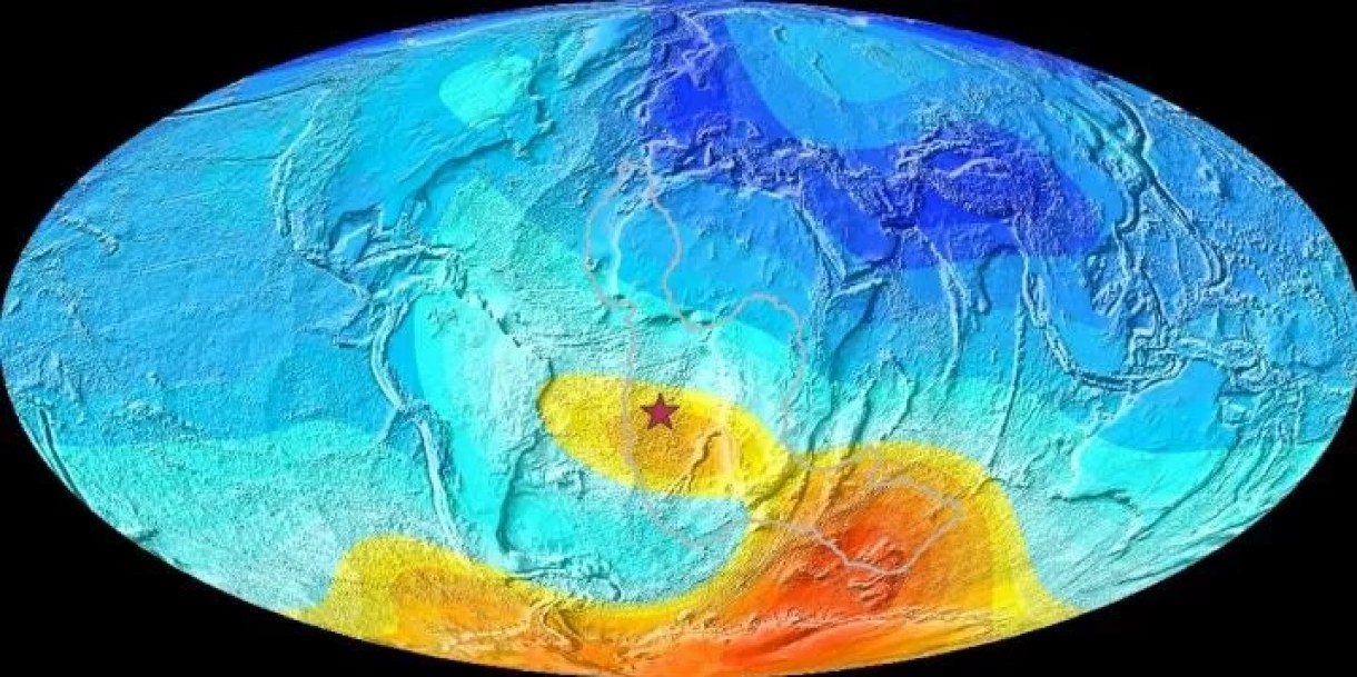 Is the South Atlantic magnetic anomaly dangerous 2