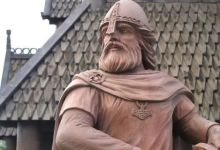 Viking left hander confirms the theory of the mirror afterlife