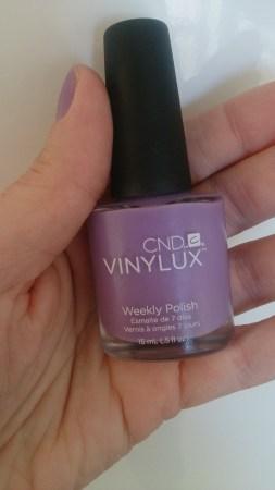 CND neglelak - af alle de neglelakker jeg har prøvet er CND Vinylux de allermest holdbare!