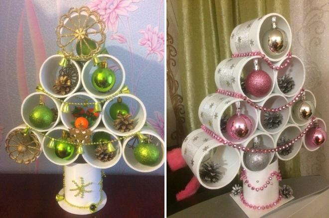 Árbol de navidad de la taza plástica