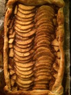 Danish apple tart