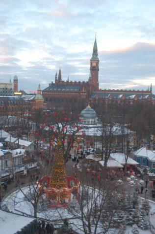 Tivoli Gardens Jul | 10 Things to Do in Copenhagen at Christmas | Oregon Girl Around the World