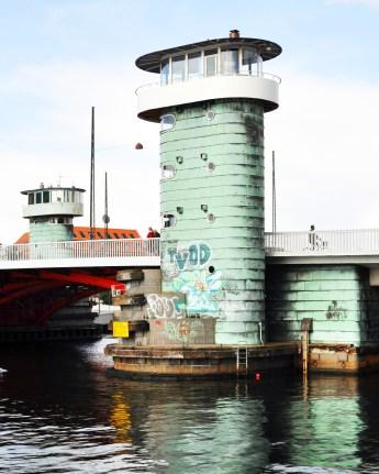 Copenhagen Canal Towers   Kulturtårnet på Knippelsbro