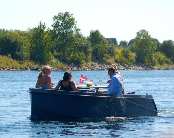 GoBoats Danish Picnic | Sustainable Summer Fun in Copenhagen | Oregon Girl Around the World