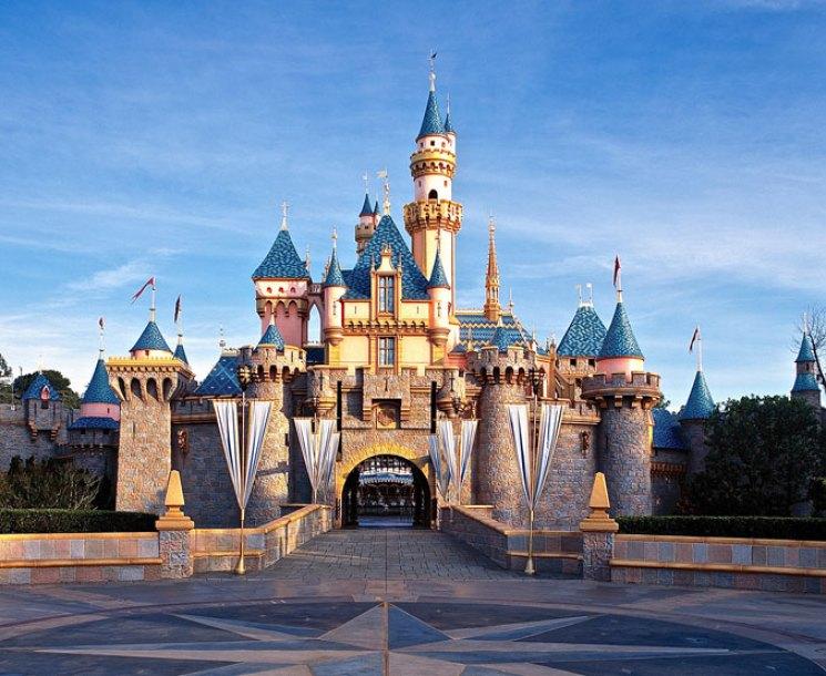 disney-traditions-sleeping-beautys-castle