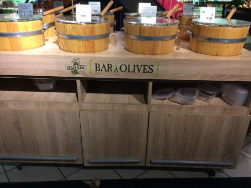 Bar à olives, Monop, Montparnasse, février 2018