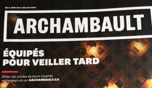 «Équipés pour veiller tard», publicité des librairies Archambault
