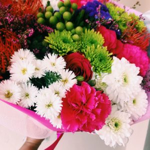multi-coloured-mixed-bouquet