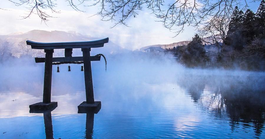 由布院景點 | 濃霧中的夢幻金鱗湖~晨霧時間&拍攝點分享