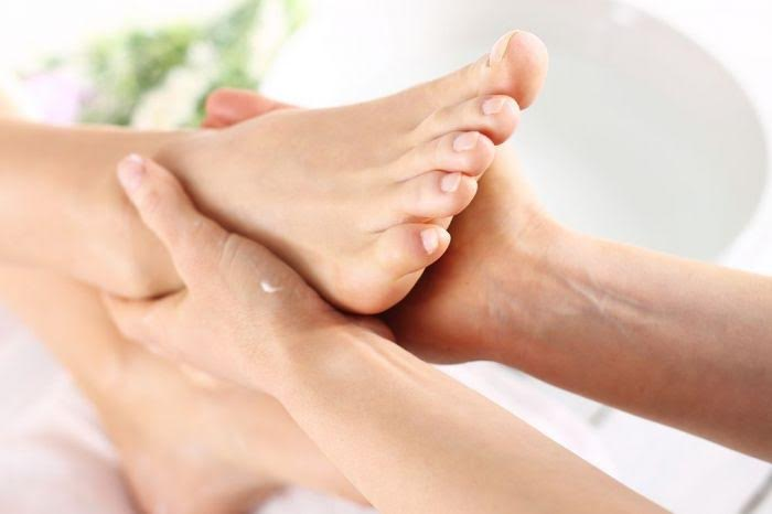 Preventing toenail fungus
