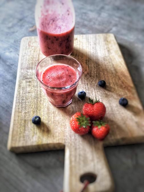 Nectarine-smoothie-met-aardbeien-5-final