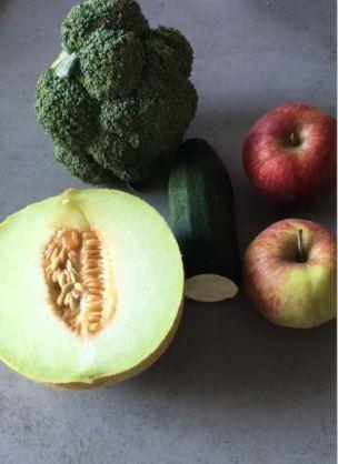 appel broccoli juice met meloen, juice broccoli en appel, broccoli slowjuicer recept, broccolisap met appel, slowjuicer recepten energie, wat kan er in een slowjuicer, broccoli sap, broccoli slowjuicer, organic happiness, biologische foodblog, biologisch