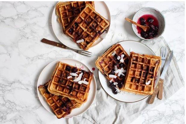 8x recept voor gezond ontbijt, Gezond ontbijt, Gezond ontbijt recept, Gezonde ontbijtrecepten, Wat is een gezond ontbijt, De kracht van een gezond ontbijt, Makkelijke ontbijtjes die ook gezond zijn, Gezond ontbijt voorbeeld, organic happiness, biologisch, biologische foodblog, feel good by food, ontbijtwafels, gezonde wafels