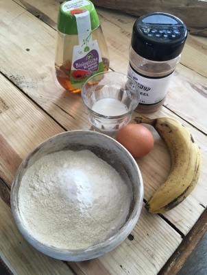 Wafels met mango Griekse yoghurt, Krokante glutenvrije wafels met mango, Wafels recept, Wafels maken, Zelf wafels maken, Zo maak je thuis de allerlekkerste wafels, Luchtige wafels met vers fruit, Ontbijt wafels met banaan, Ontbijt wafels, Ontbijt wafels banaan, Gezonde wafels, Ontbijt wafels recept, Ontbijtwafels, Luchtige gezonde wafels, Organic Happiness, biologisch, biologische foodblog