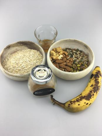 Banana granola, Granola with banana, Granola with banana recipe, Homemade granola with banana, Healthy granola with banana, Banana bread granola, Banana granola recipe, No sugar added banana nut granola, Banana nut granola, Organic Happiness, Organic, Organic Food blog