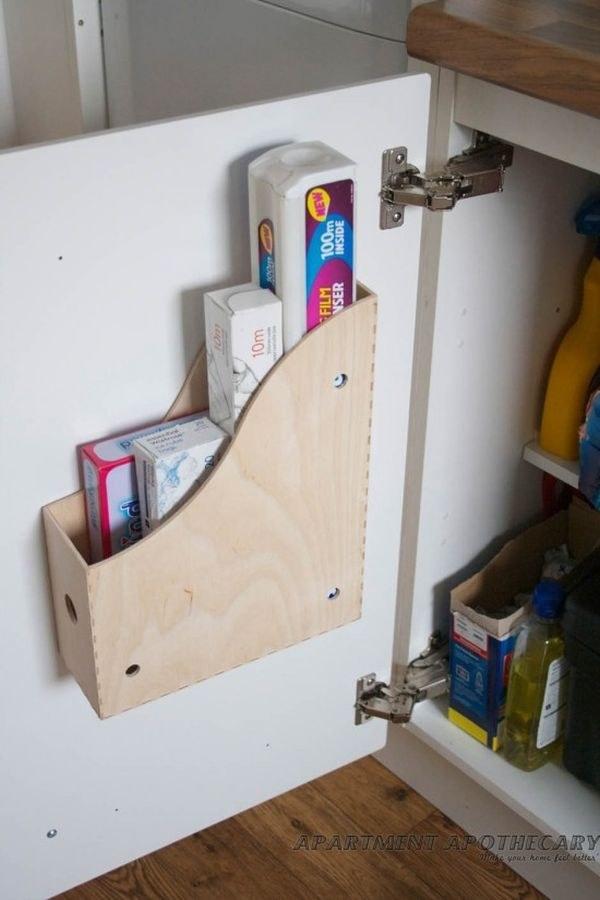 Magazine holder for cling film