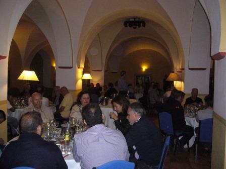Taller de Gin Tonics en Monasterio de Piedra por Eventos de Autor. Sala El Granero.