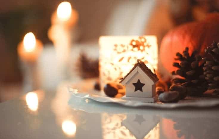 How to Have a Festive and Frugal Christmas This Year