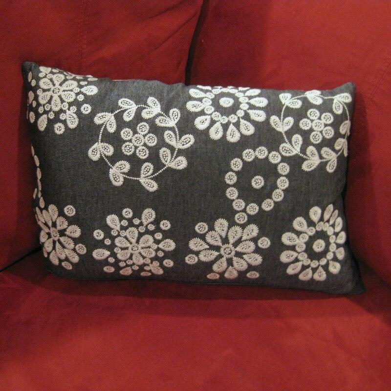 Repurpose skirt into rectangular pillow