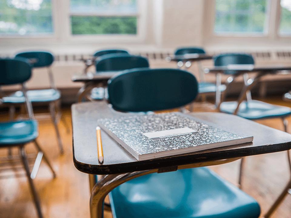 A escola particular refém de uma política retrógrada