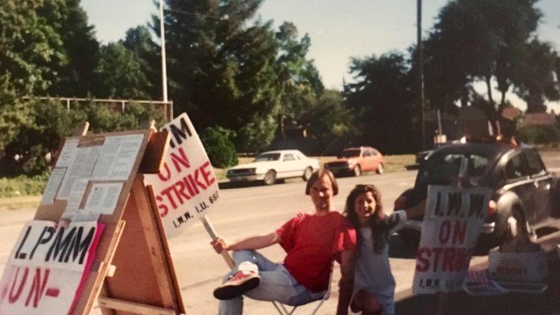 MiniMart strike, Seattle, 1996 | Image courtesy Jessica S