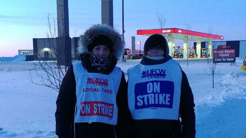 Saskatoon Co-op workers walking the picket line, 2019