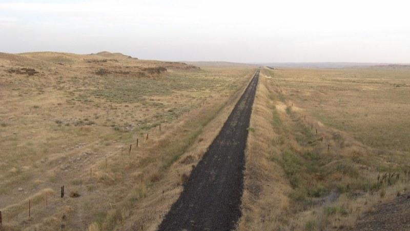 Bike path near Washtucna, WA, 2009 | Robert Ashworth, Flickr