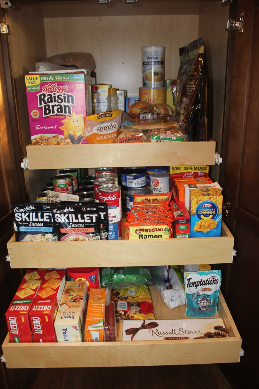 A Maximized Pantry - organized pantry