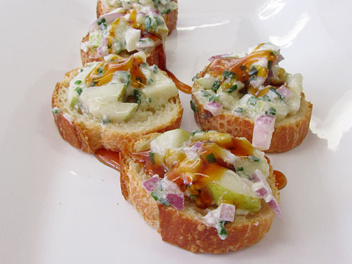 goat cheese and pear bruschetta