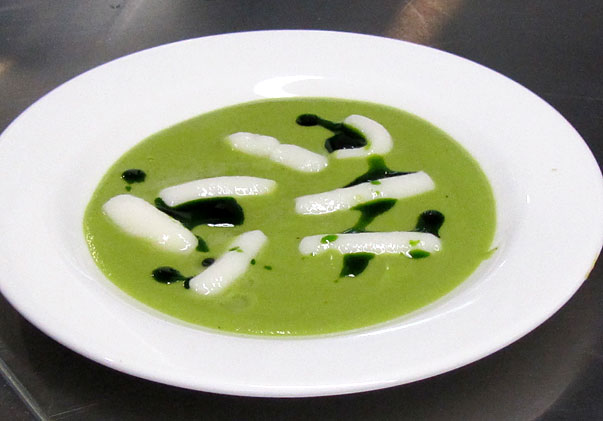 Pea soup with gruyere and kuzu gnocchi and parsley oil