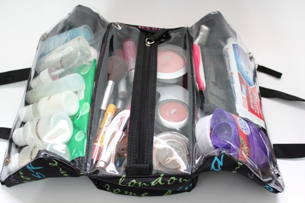 toiletry-bag-inside