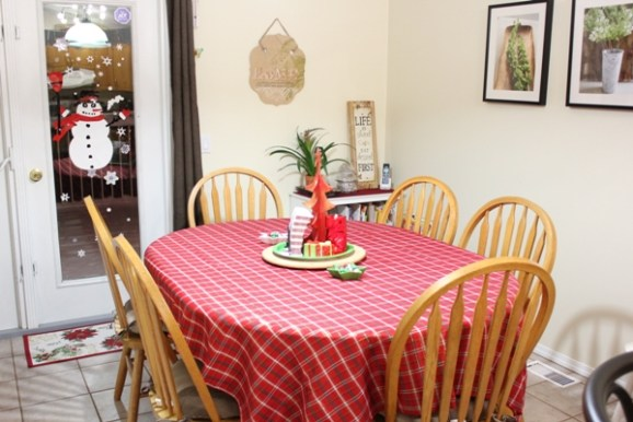 Christmas Dining Room 1
