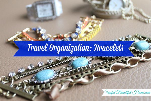 A-FREE-way-to-organize-bulky-bracelets-while-traveling