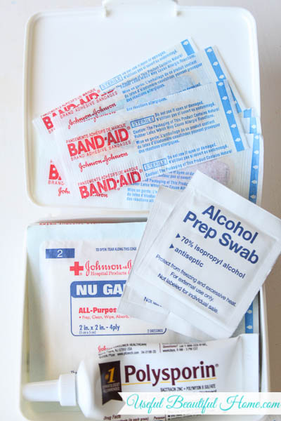 mini first aid kit for travling