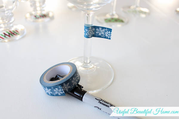 Label wine glasses with washi tape... so simple!