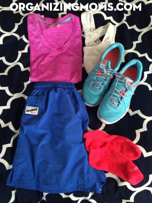 lay-out-outfit