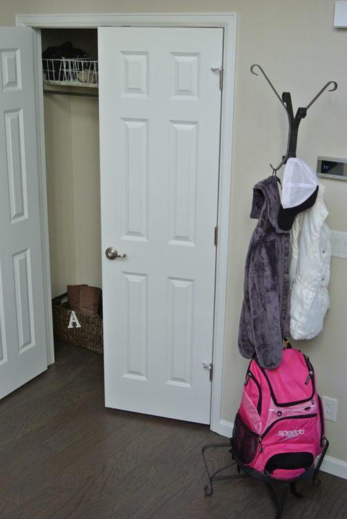 coat-closet-in-organized-entryway-1