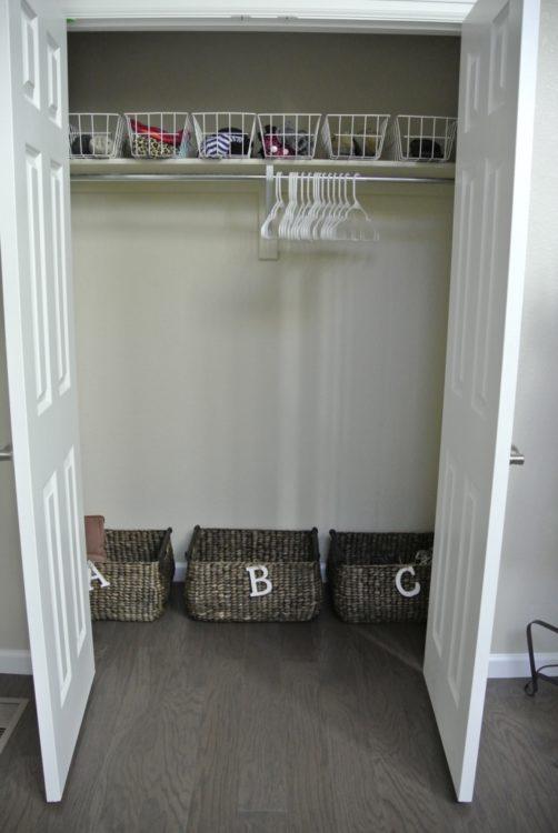 coat-closet-in-organized-entryway