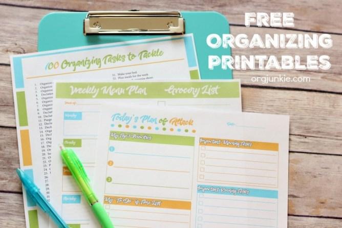 Free printable organizing checklists at I'm an Organizing Junkie blog