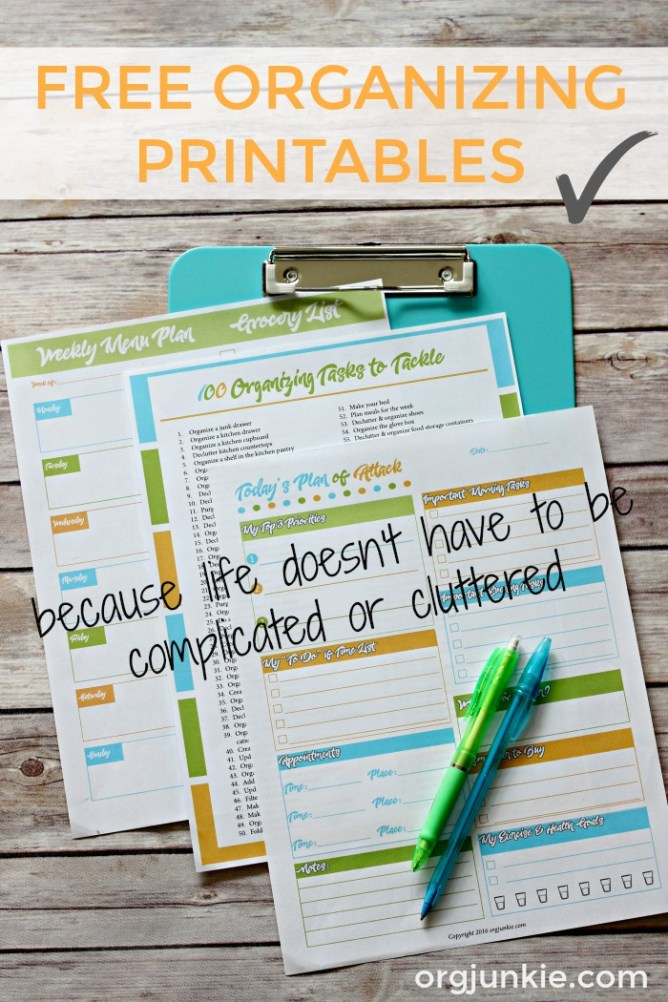 Free Organizing Printables for an organized day and week at I'm an Organizing Junkie blog