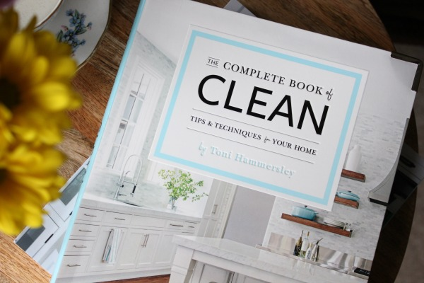 The Complete Book of Clean by Toni Hammersley