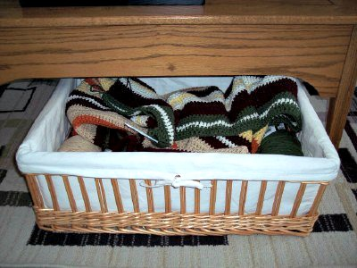 coffee table basket crochet projects