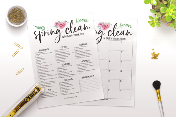 Free printable spring cleaning checklists at I'm an Organizing Junkie blog