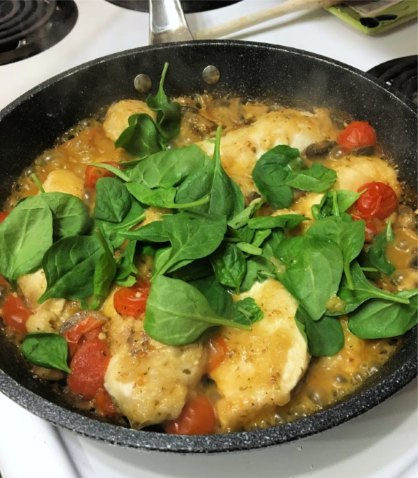 Italian Chicken Skillet with Tomatoes and Mushroom