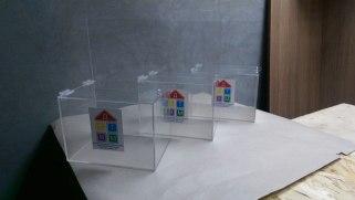 Ящики для сбора пожертвований с информационным полем