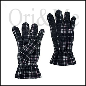 checks-gloves